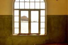 f91216-vieuw-on-the-window